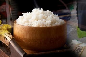 我国粮食缺不缺有人抢购大米有人忧虑卖不出去