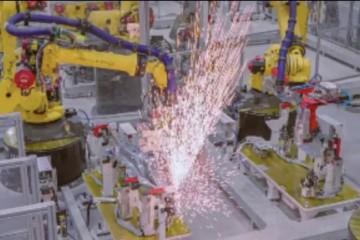 特斯拉上海工厂开足马力保持年产15万辆方针不变