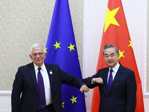 王毅会见欧盟外交与安全政策高级代表博雷利中欧之间没有根本利害冲突